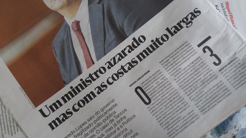 No título do artigo de opinião da última página do jornal Público de 17 de  agosto de 2018, ... c13cdc7f3b